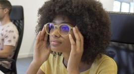 """Okulary Barner - """"must have"""" tego sezonu LIFESTYLE, Moda - Uwielbiamy proste rozwiązania przynoszące spektakularne efekty. Dokładnie tak jak pokochaliśmy wszystko to, co nie tylko dobrze wygląda, ale przede wszystkim jest po prostu wygodne."""