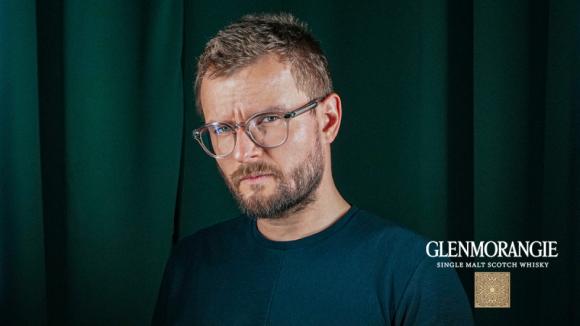 Karol Paciorek nowym ambasadorem marki Glenmorangie LIFESTYLE, Gwiazdy - Glenmorangie (Moët Hennessy Polska) rozpoczyna współpracę z Karolem Paciorkiem, jednym z najzdolniejszych i najpopularniejszych twórców internetowych w Polsce.