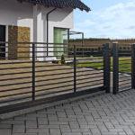 Nowoczesne Ogrodzenie Frontowe Turkus – Subtelne ogrodzenie, dające wyjątkowo dużą przezierność – Delikatny mocarz